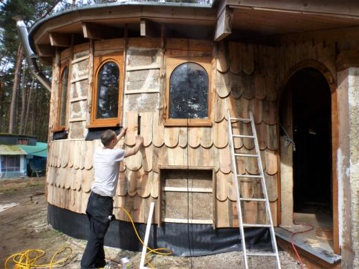 Aragorn plaatst honderden shingles